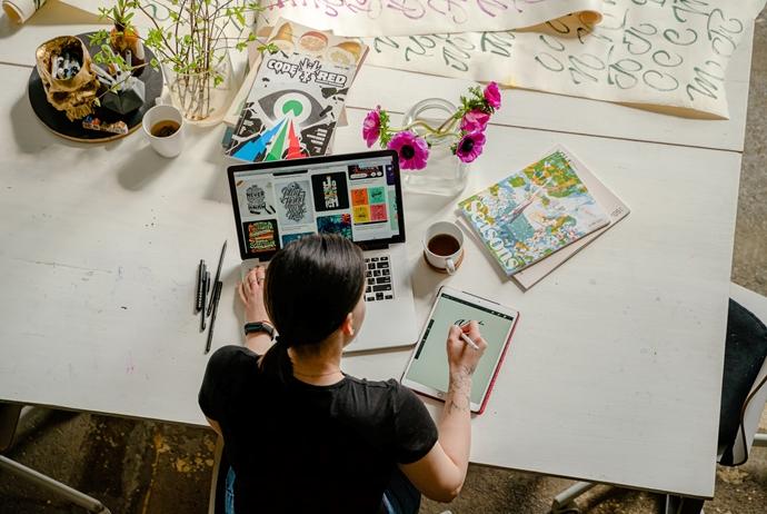 Projeto propõe uma nova maneira de consumir conteúdos sobre marketing