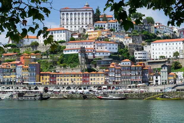 Comunidade brasileira vivendo em Portugal é a maior desde 2012